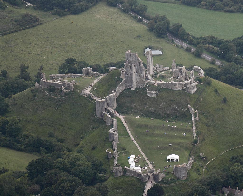 Areial  Corfe Castle from air_11-07-27_0009.jpg